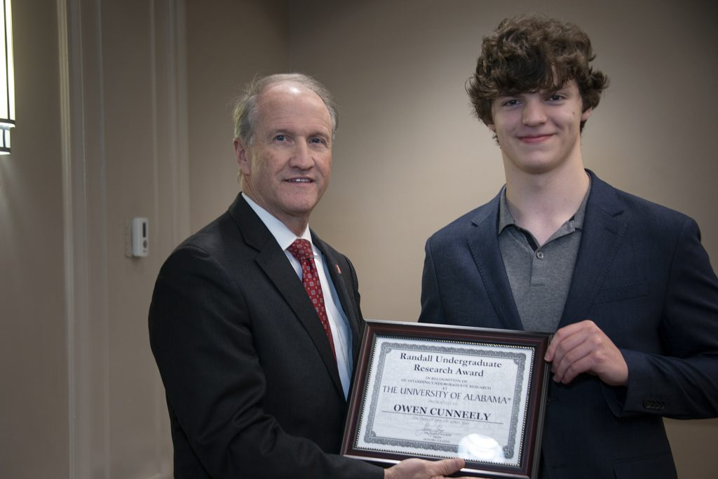 Owen Cunneely (Reed) - Randall Outstanding Undergraduate Research Award