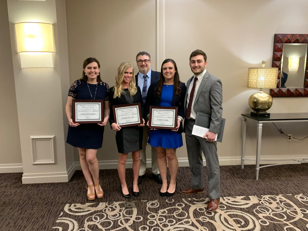Calwell lab Randall Outstanding Undergraduate Research Awardees and Dr. Guy Caldwell